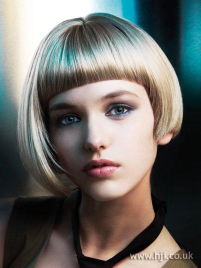 model rambut anak wajah bulat lonjong